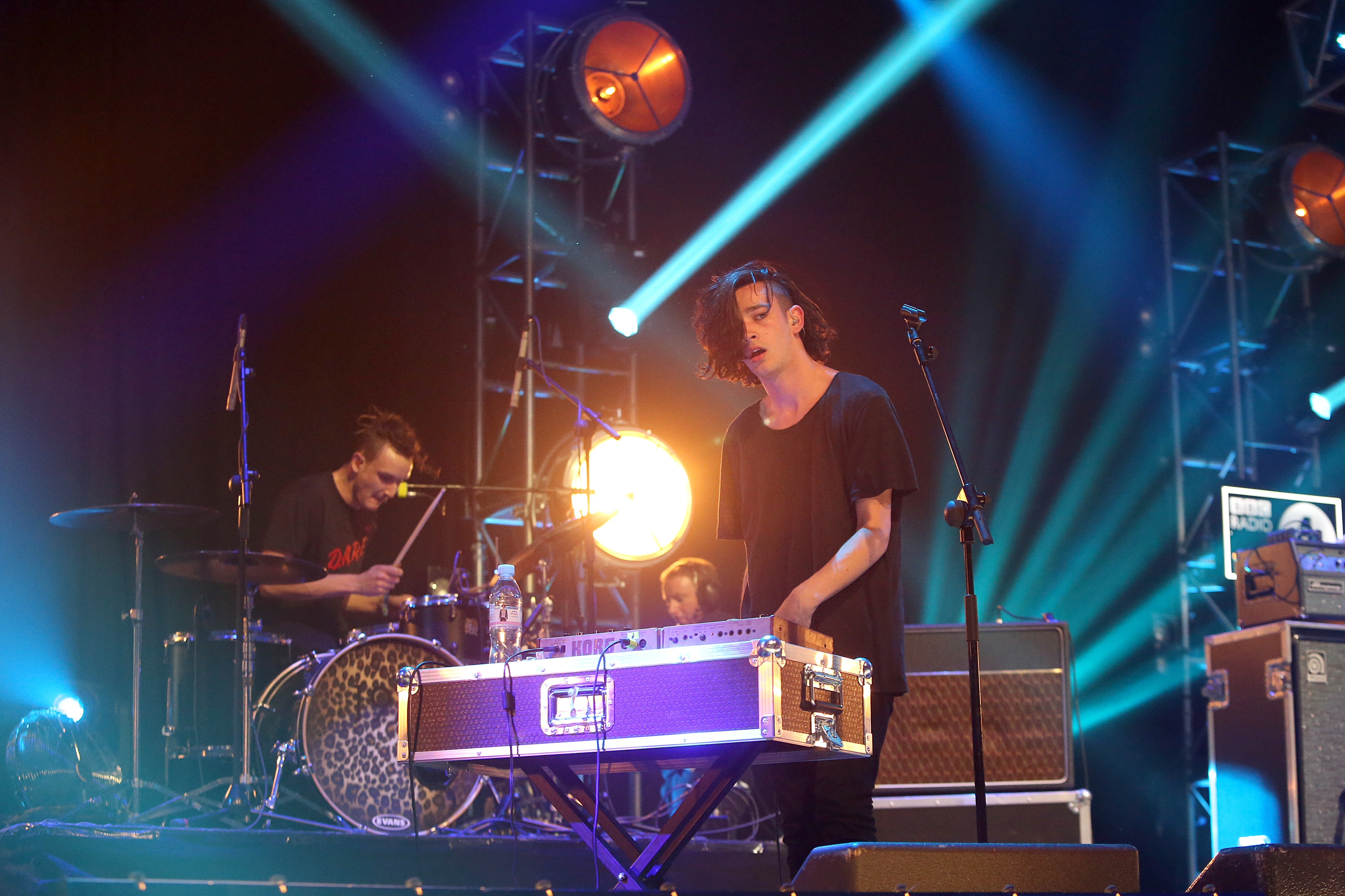 The 1975 perform.
