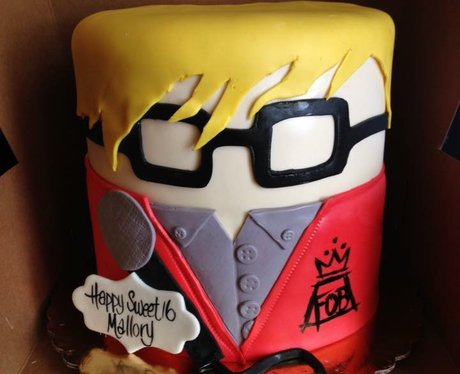 Facebook cake 14