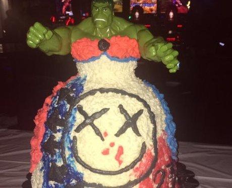 Facebook cake 8