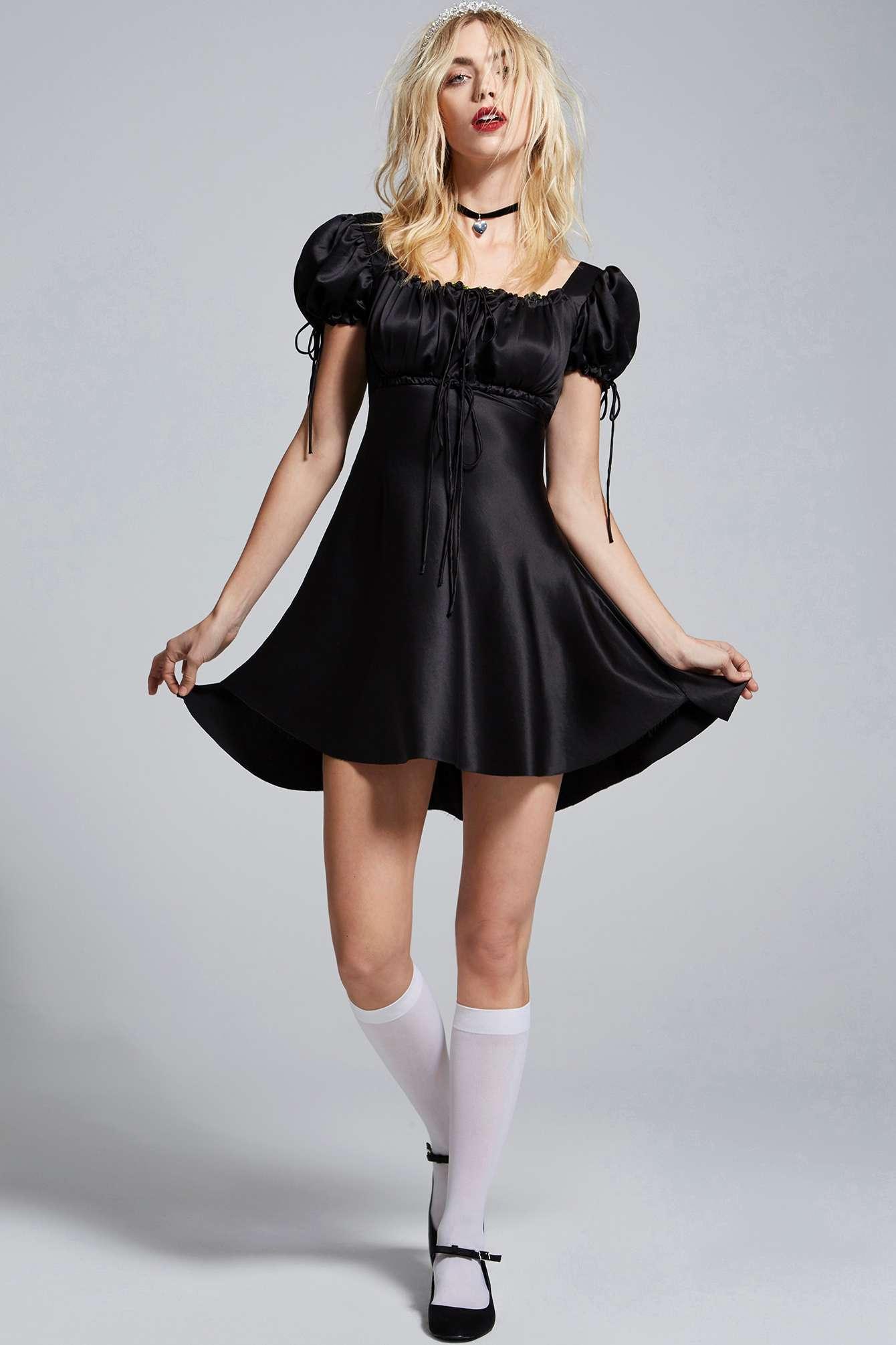 Courtney Love Nasty Gal