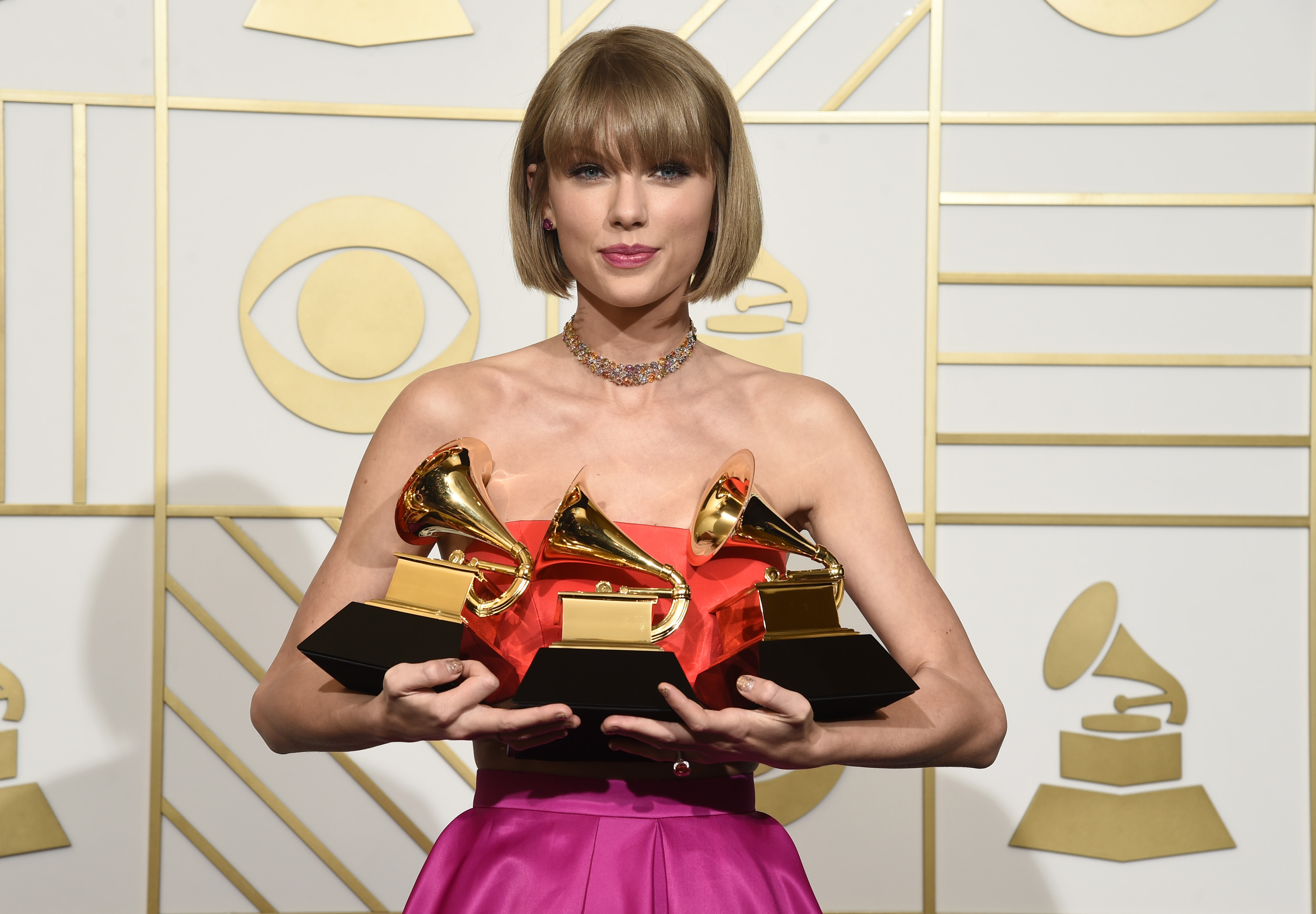 Taylor Swift GRAMMY Awards 2016 win