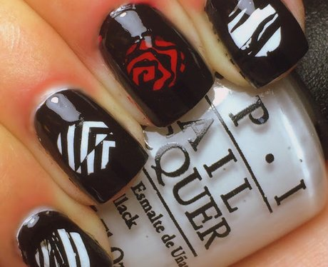 Twenty pilots nail art that will cement your place in the skeleton twenty one pilots nail art prinsesfo Images