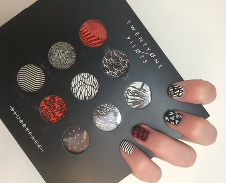 Twenty pilots nail art that will cement your place in the skeleton twenty one pilots nail art skeleton clique forever prinsesfo Images