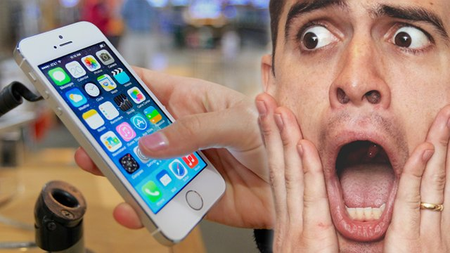 7 Worrying Signs That Your Phone Is Your True Soulmate - PopBuzz