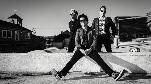 The Californian godfathers of all things pop punk Billie Joe Armstrong Tré Cool and Mike Dirnt found fame with their massive album  Dookie  ...  sc 1 st  PopBuzz & Green Day - Artists - Music - PopBuzz