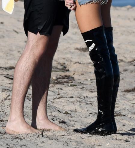 Bella Thorne's Latex Legs
