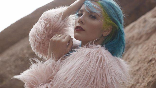 Halsey - Artists - Music - PopBuzz