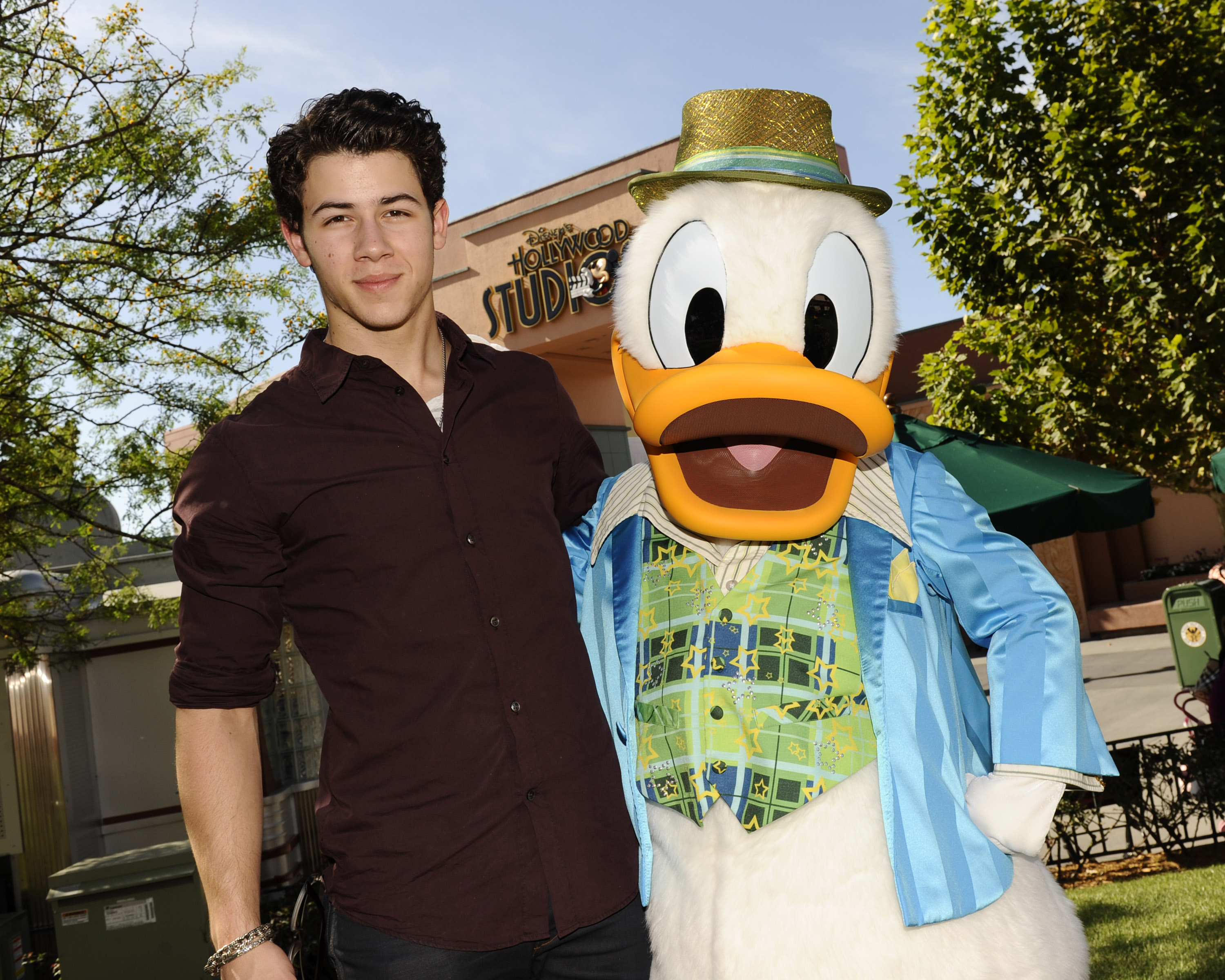 nick jonas disney