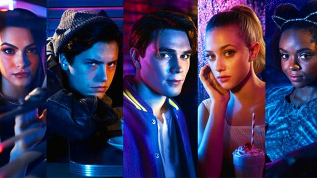 Riverdale: The Ultimate List Of The Cast's Social Media Accounts