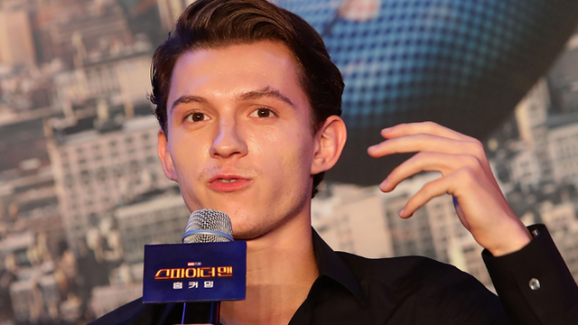 Tom Holland Made An Awkward Comment To An Interviewer In