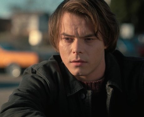 Stranger Things Charlie Heaton Jonathan Byers Age