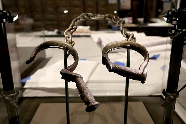 Smithsonian shackles