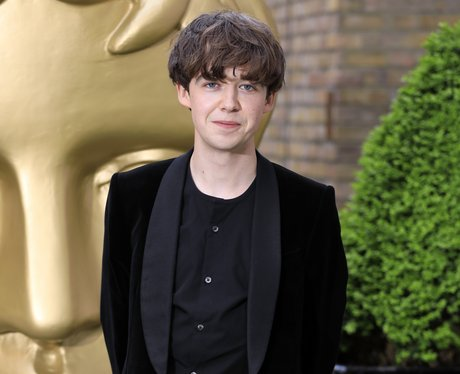 Alex Lawther sexuality gay
