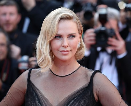 How to pronounce Charlize Theron