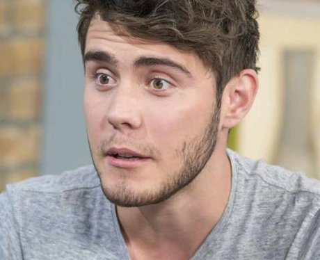 Alfie Deyes looking scared