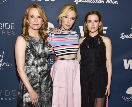Zoey Deutch family