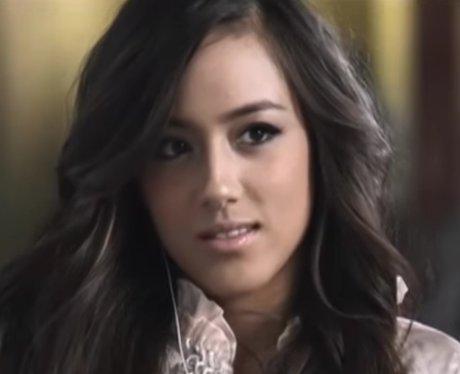 Chloe Bennet singer