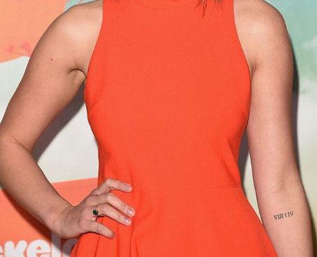Chloe Bennet tattoo