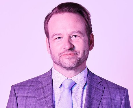 who plays bob armstrong in insatiable dallas roberts 1533847588 view 0 - Arriva la seconda stagione di Insatiable, con una Patty sempre più affamata