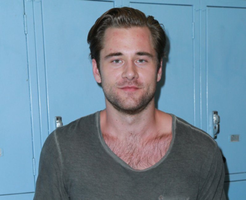 Luke Benward height