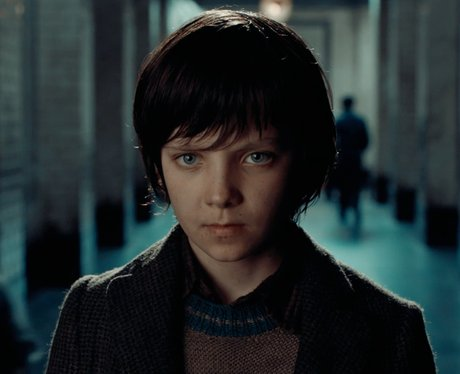 who plays hugo in hugo asa butterfield 13 facts about