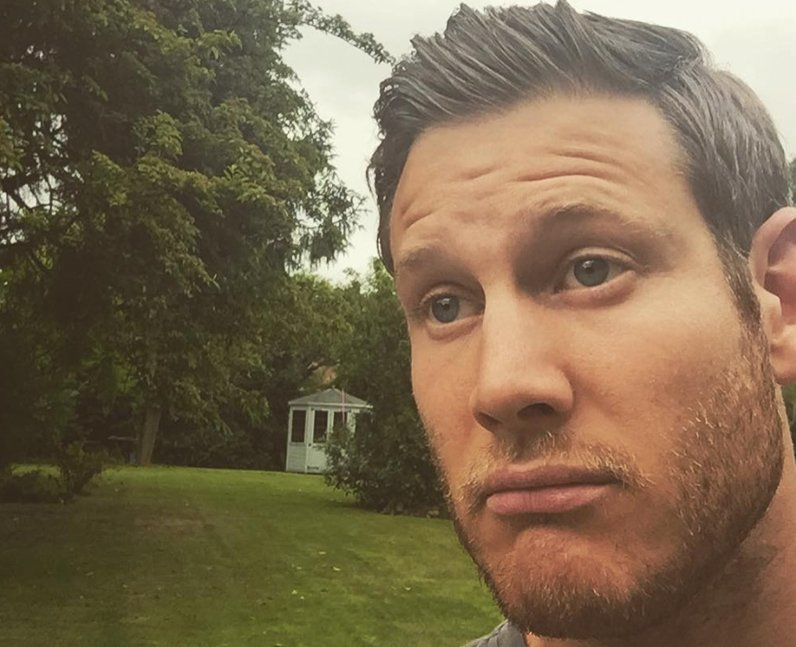 Tom Hopper Instagram Twitter Snapchat social media
