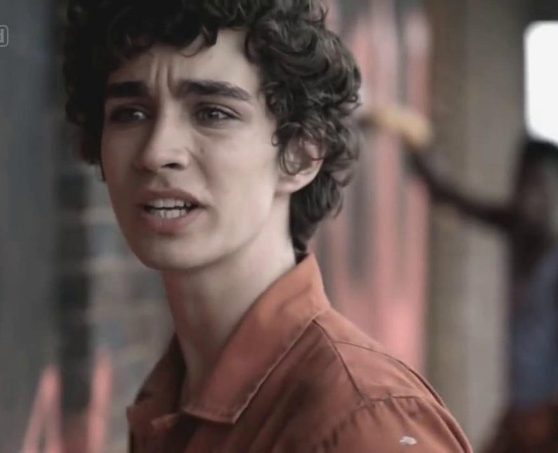 Robert Sheehan in Misfits