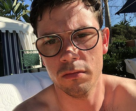 Ryan O'Connell gay sexuality