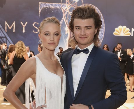 Joe Keery girlfriend maika monroe