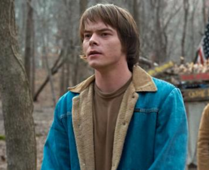 Charlie Heaton as Jonathan Byers in Stranger Thing