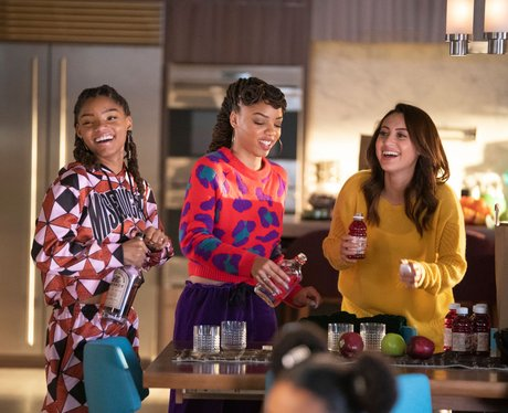 halle bailey grownish, sky