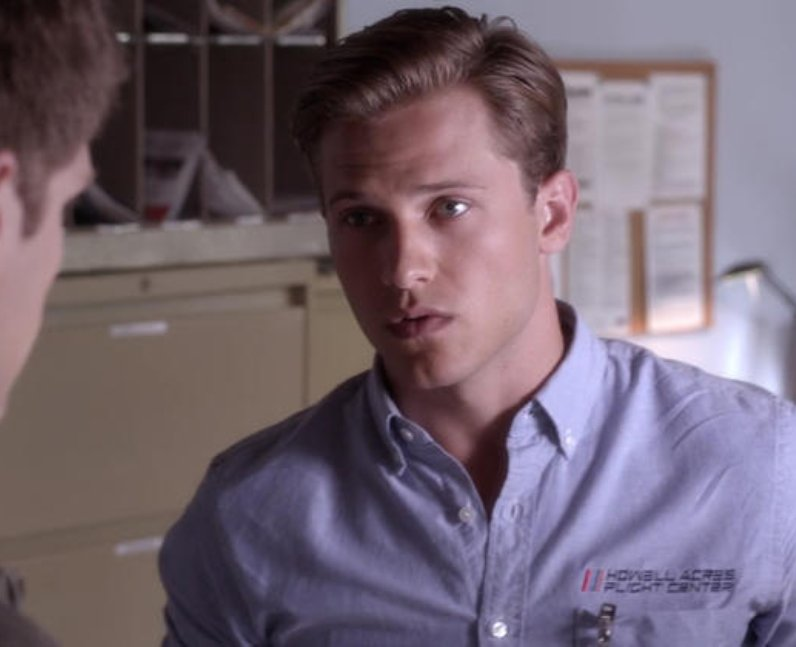 Wyatt Nash in Pretty Little Liars