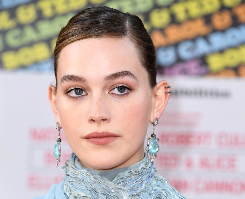 Victoria Pedretti 13 Facts About The Haunting Of Bly Manor Star You Need To Know