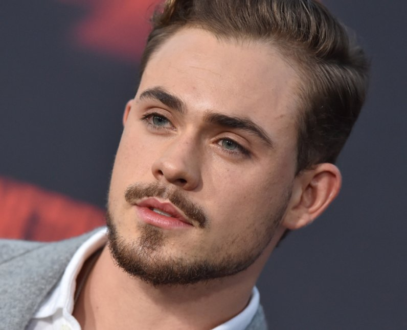 how to pronounce Dacre Montgomery