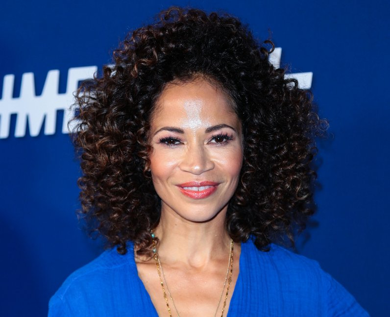 Sherri Saum plays Ellie Whedon in Locke & Key