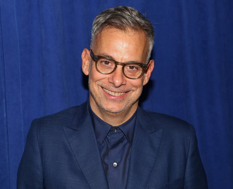 Who plays Dick Samuels in Hollywood? Joe Mantello