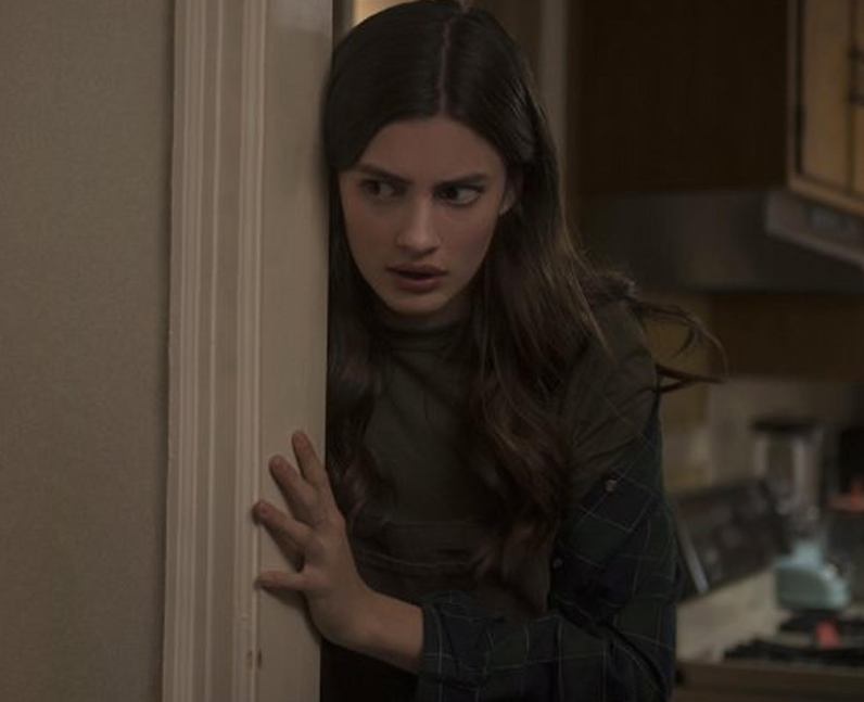 Diana Silvers as Maggie in Ma