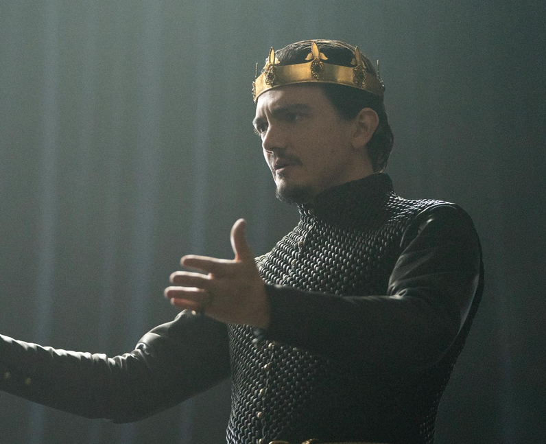 Who plays King Uther Pendragon in Cursed? - Sebast