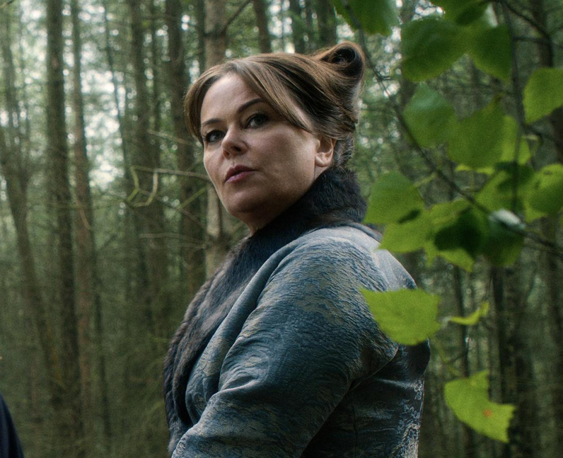 Who plays Lady Lunete in Cursed? - Polly Walker