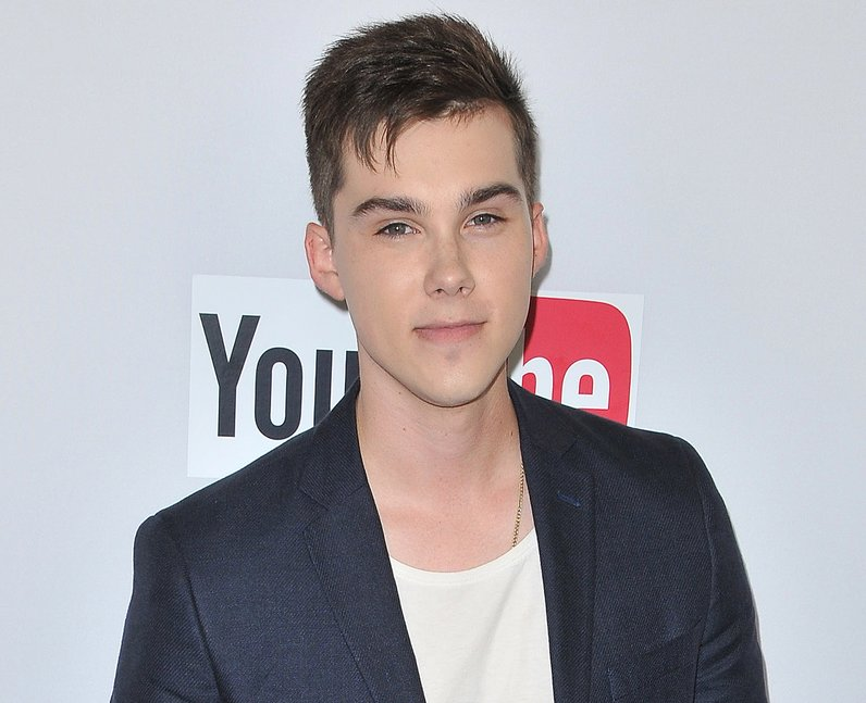 Jeremy Shada height: How tall is Jeremy Shada?