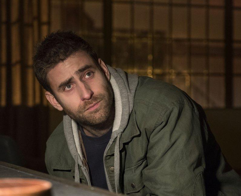 Oliver Jackson-Cohen plays Luke Crain in Haunting