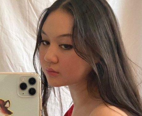 amalia yoo height: how tall is she?