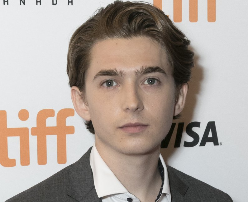 What is Austin Abrams' net worth?