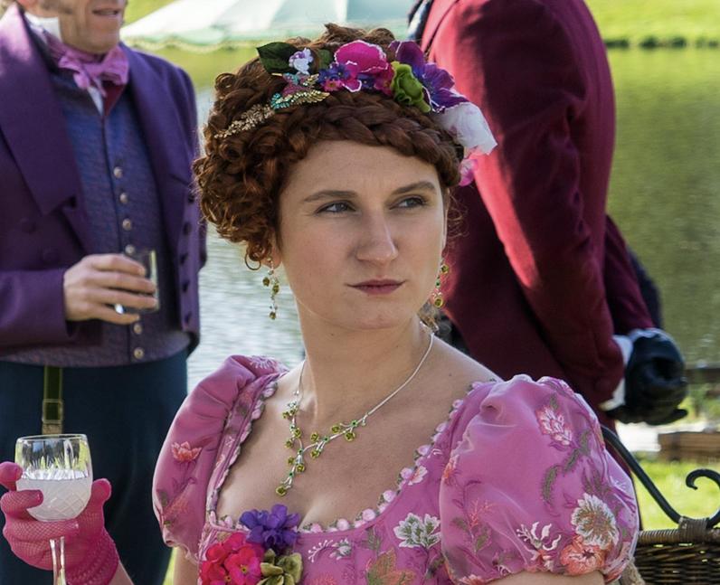 Who plays Prudence Featherington in Bridgerton? –