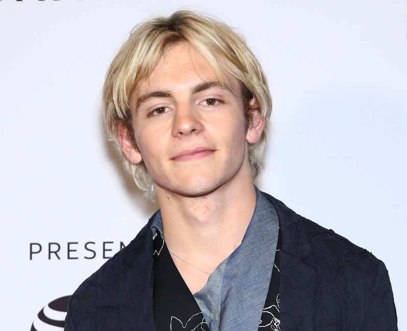 What is Ross Lynch's net worth?