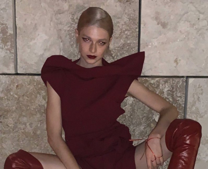 Hunter Schafer sexuality lesbian gay