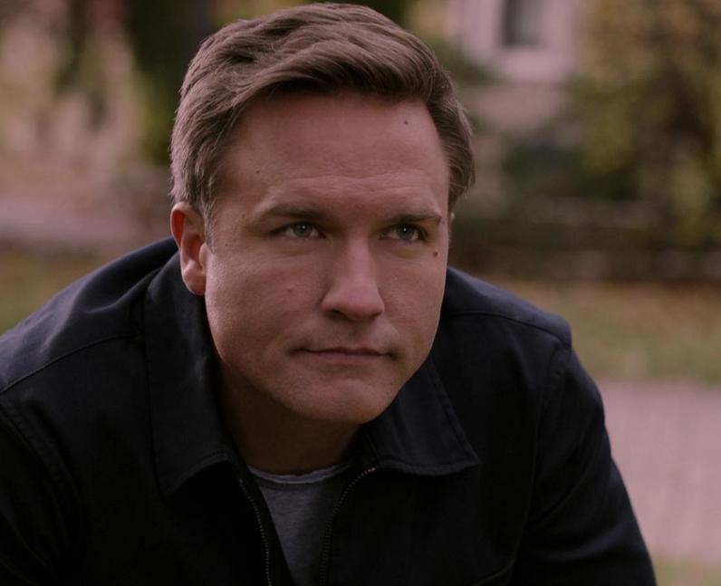 Who plays Mayor Paul Randolph in Ginny & Georgia?