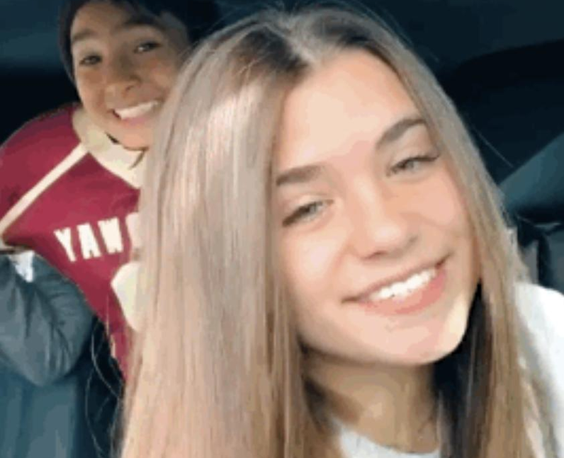 Who are Nessa Barrett's siblings?