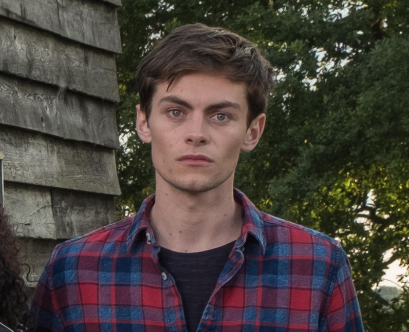 Who did Freddy Carter play in Free Rein?