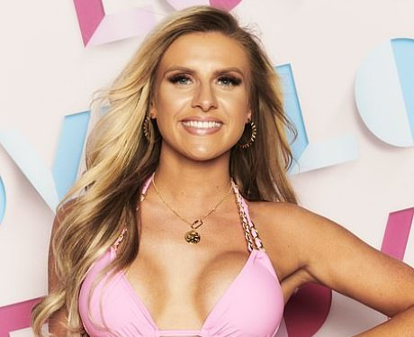 How old is Chloe Burrows from Love Island 2021?